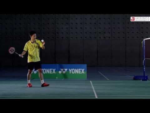 Badminton: Aufschlag Vorhand kurz (seitlich)