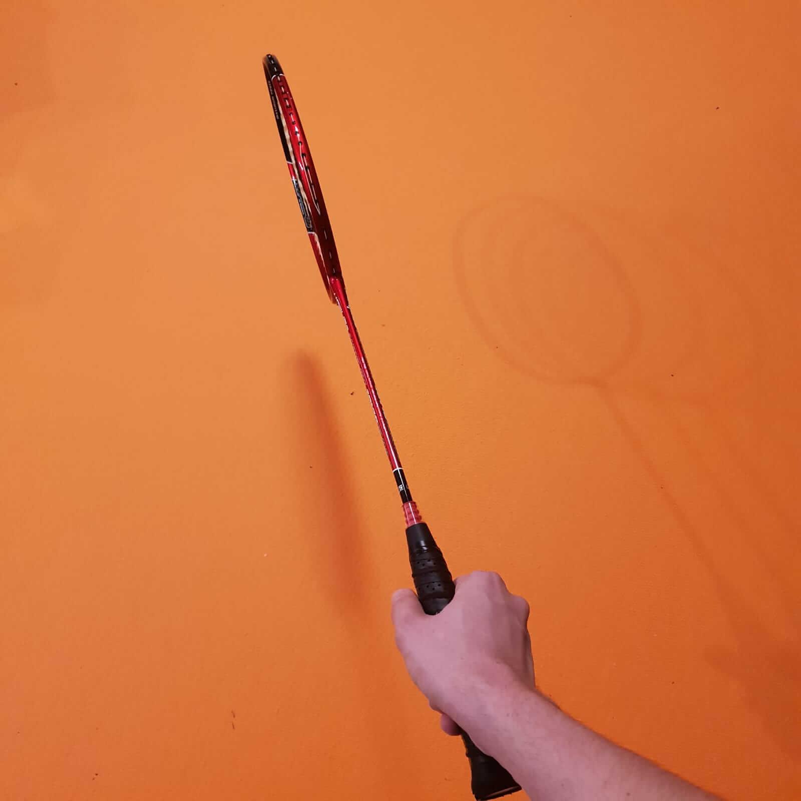 Schlägerhaltung im Badminton