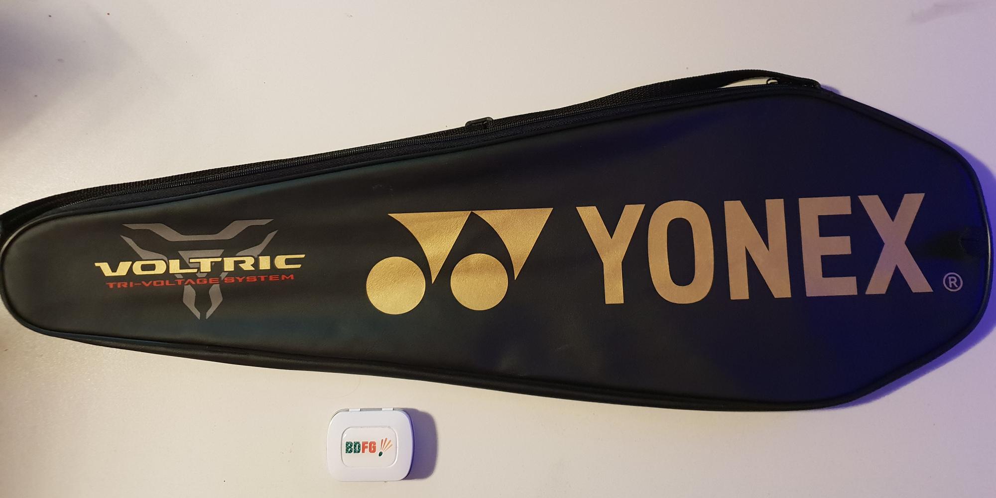 Badmintonschläger Test Yonix Voltric 7 Neo Schläger Tasche